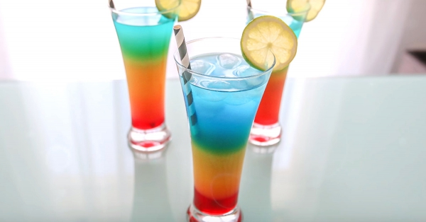 Le Rainbow Cocktail sans alcool : la recette facile !