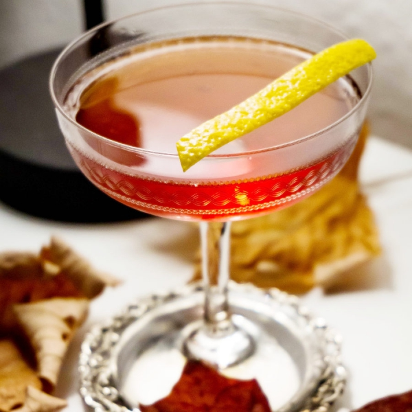 Recette du dubonnet cocktail cocktail mag for Cocktail 7cl
